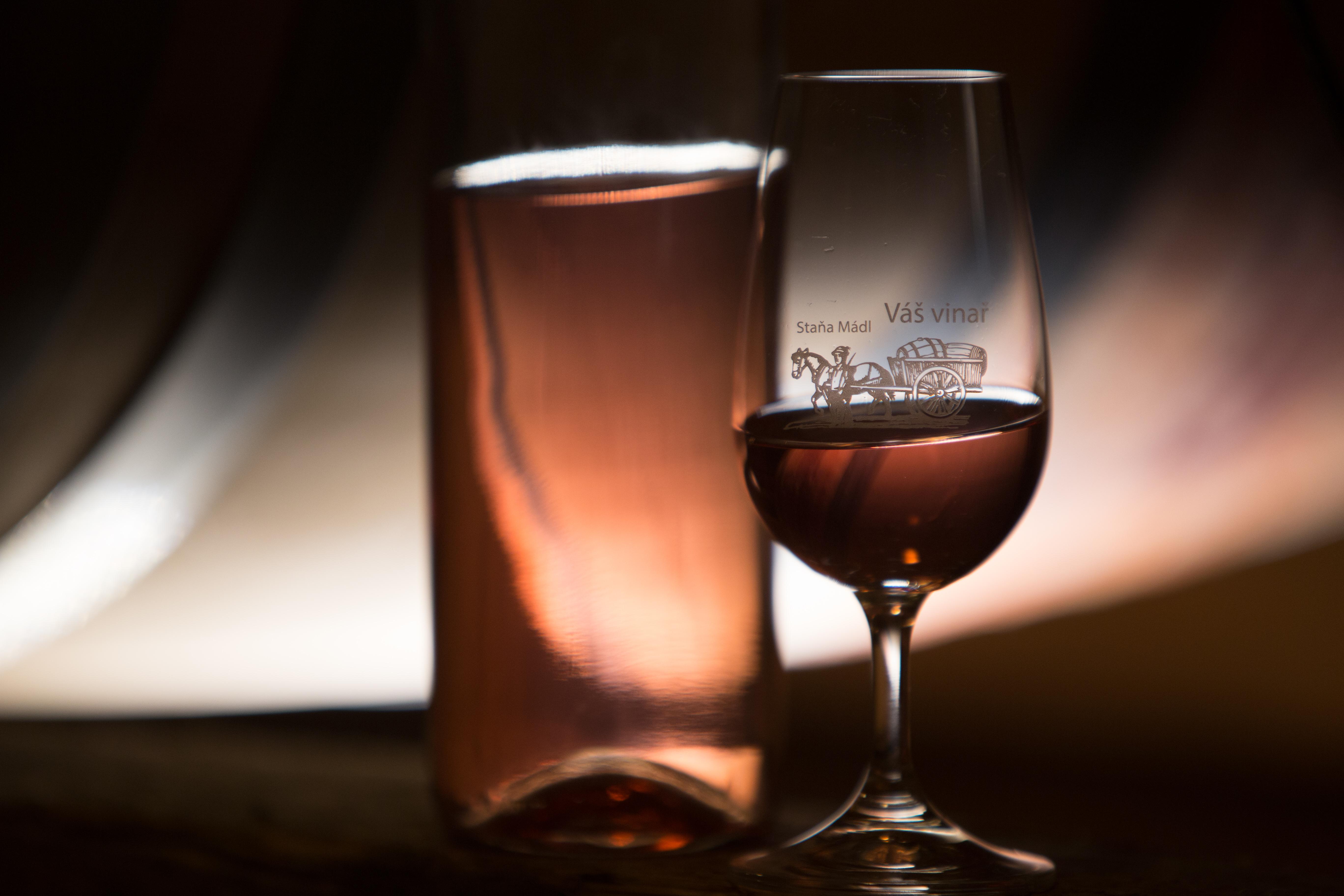 10 důvodů proč pít víno